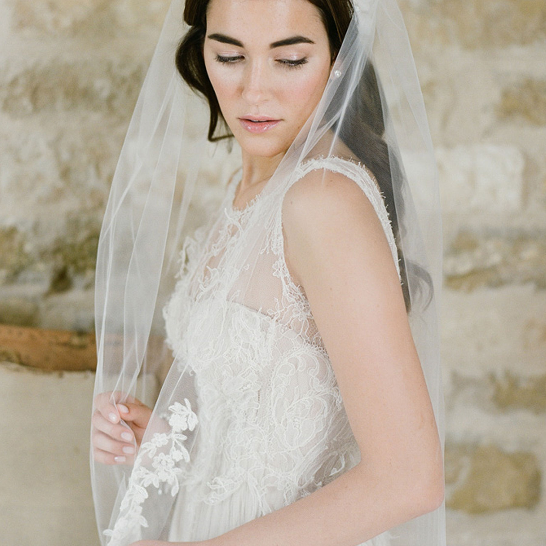 V7159-Bel-Aire-Bridal-KT-Merry-Photography-