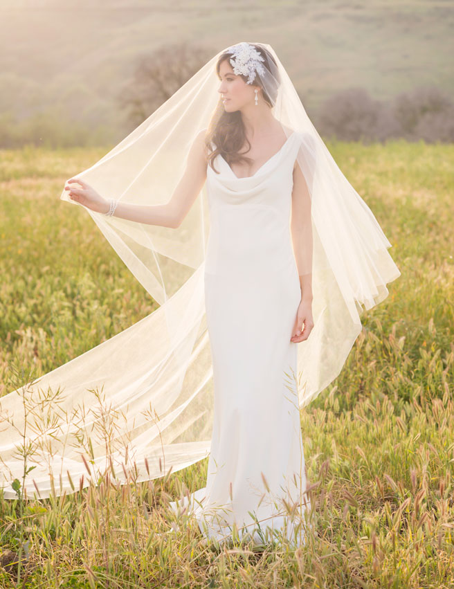 V7234-KLK-Photography-Bel-Aire-Bridal
