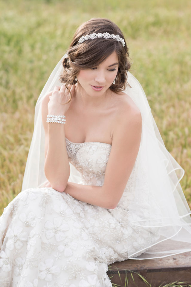 V7303-KLK-Photography-Bel-Aire-Bridal