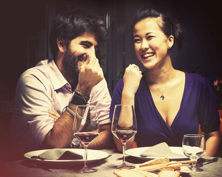 Couple-at-the-restaurant-000023344293_Medium.jpg