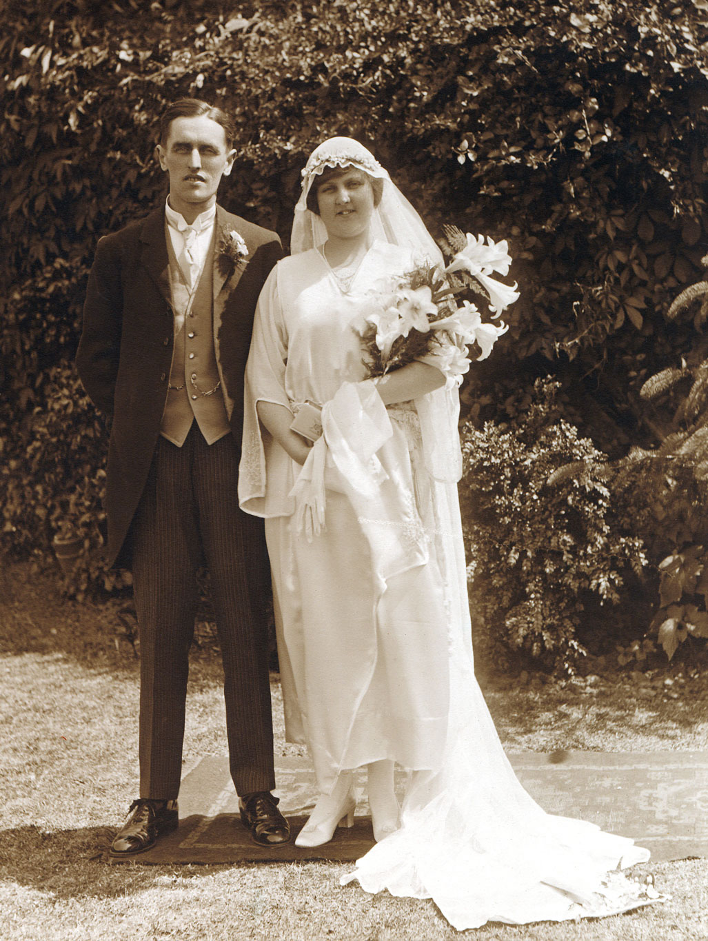 Victorian-Edwardian-People--Wedding-Couple-000006441263_Medium.jpg