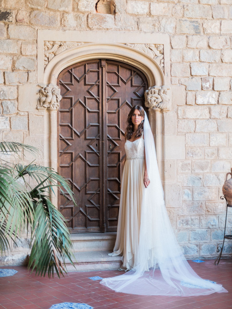 jen-fuj-cathedral-veil-bel-aire-bridal-2