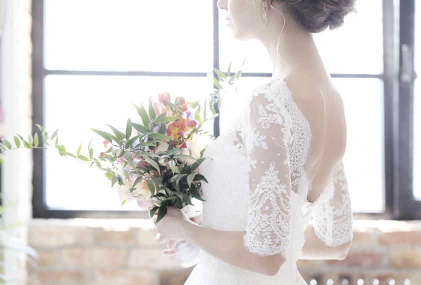 Bride-000096290541_Medium.jpg