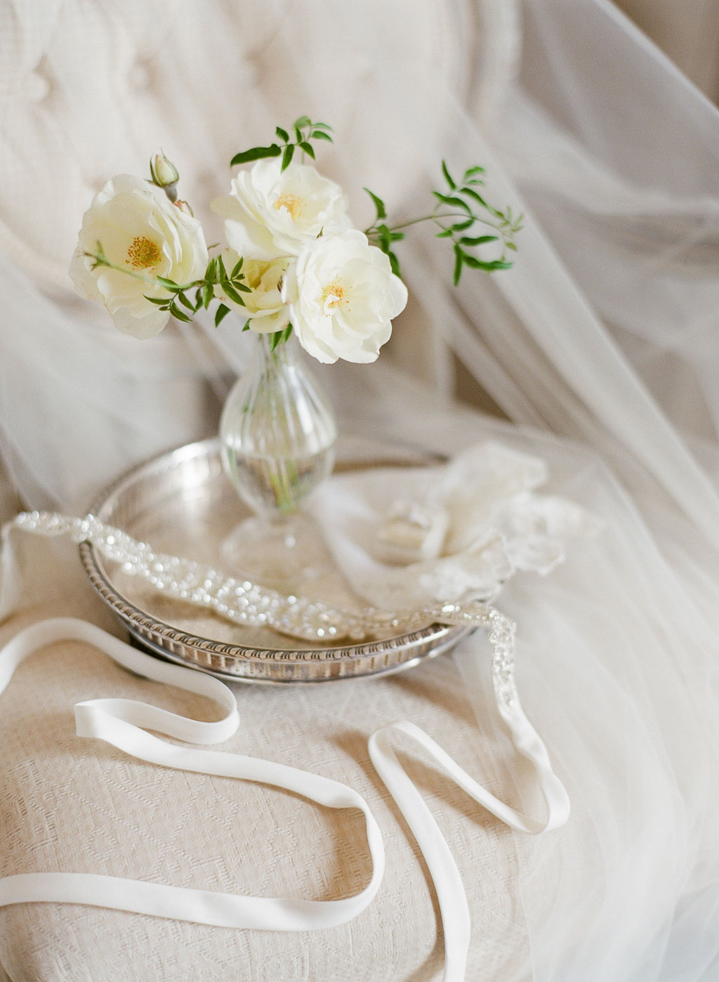 a7040722949a Find Your Wedding Flower s Meaning