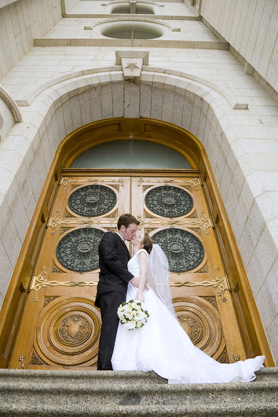 bride-and-groom-in-doorway-000006807257_medium-1
